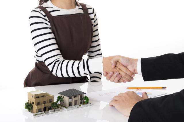 注文住宅の請負契約のタイミングみて契約する人