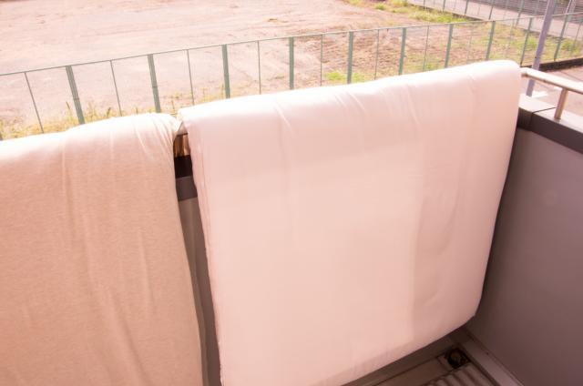 注文住宅のバルコニーの広さを布団干しで説明