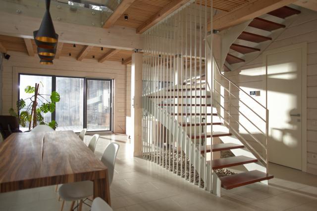 注文住宅の階段の位置をリビングへ