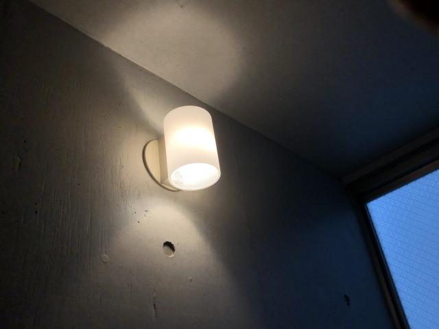 注文住宅の階段の照明